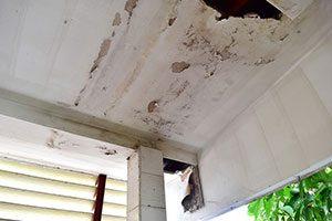 Water Leaks Ceiling